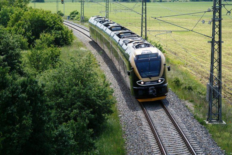 Tlumiče z Ostravy jezdí i po tuzemských kolejích